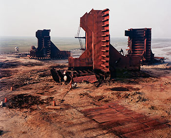 Shipbreaking #27 with Cutter, Chittagong, Bangladesh, 2001 by Edward Burtynsky